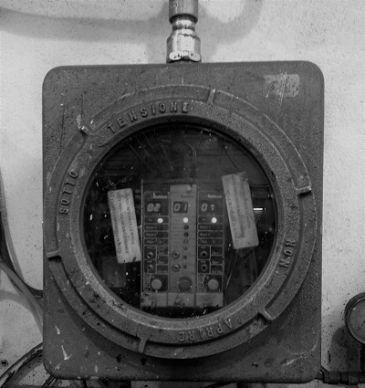 ADPE gas monitor